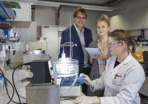 Lichtaktive Mikroalgen als Bio-Katalysatoren