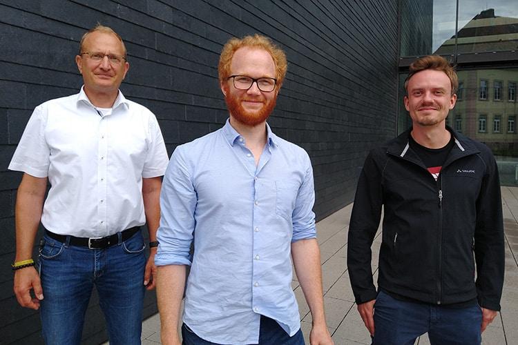 Geschäftsführer Dr. Nicholas Krohn und die beiden langjährigen Hahn-Schickard-Mitarbeiter Dr. Stefan Burger und Dr. Martin Schulz haben Endress+Hauser BioSense gegründet.   Foto: Hahn-Schickard, Katrin Grötzinger