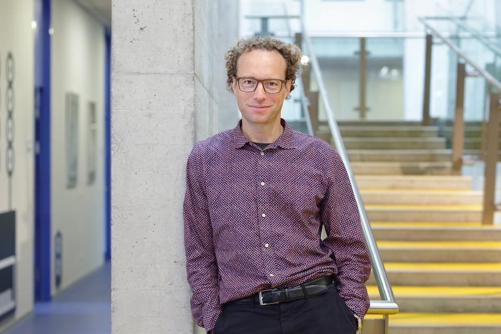 Daniel Gerlich vom IMBA – Institut für Molekulare Biotechnologie der Österreichischen Akademie der Wissenschaften (ÖAW) erhält einen ERC Advanced Grant. | Foto: Michael Sazel/IMBA/ÖAW