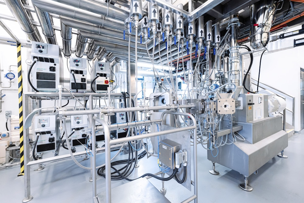 Das Protein Innovation Centre kombiniert die Pilottechnologie der Extrusions- und Verarbeitungsanlagen von Bühler mit den neuen kulinarischen Einrichtungen von Givaudan und seinem weltweit führenden Wissen bei Aroma und Geschmack. | Foto: Bühler
