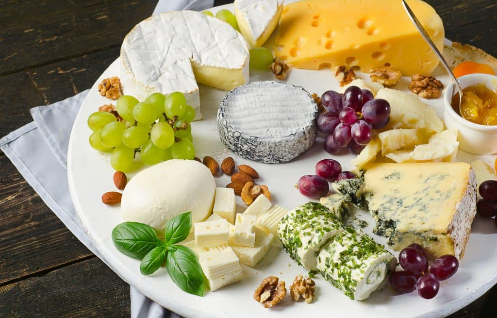 Prof. Dr. Stephan Drusch und sein Team arbeiten an veganem Käse aus Milchproteinen   Foto: shutterstock