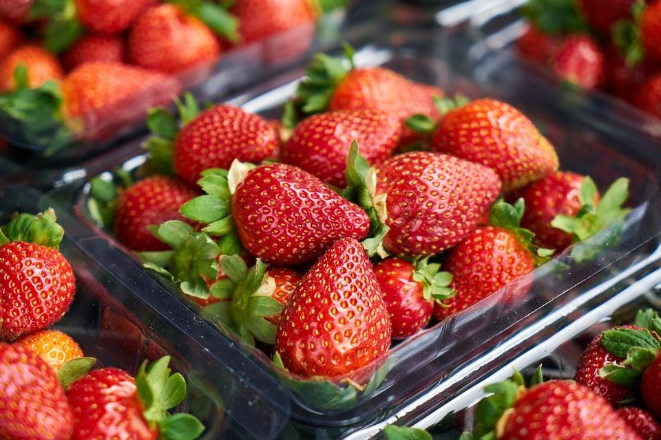 Lebensmittelbetrug: An einem einzigartigen Delta-O-18-Referenzdatensatz für Erdbeeren haben die Botaniker ihr Modell überprüft und validiert.   Foto: Engin_Akyurt, pixabay